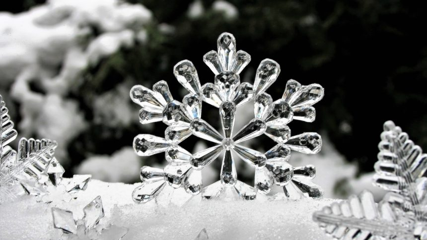 snow flakes and ice on web pages